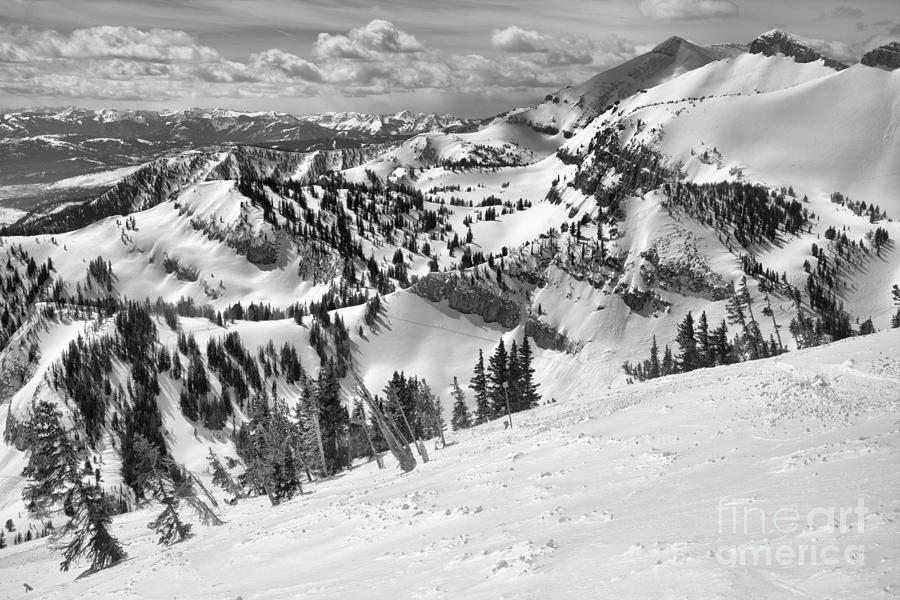 Rendezvous Views Black And White by Adam Jewell