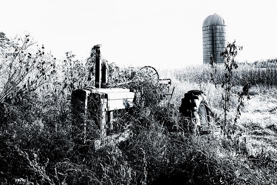 Farm Life Photograph - Retired John Deere Tractor 1 by Jim Thompson