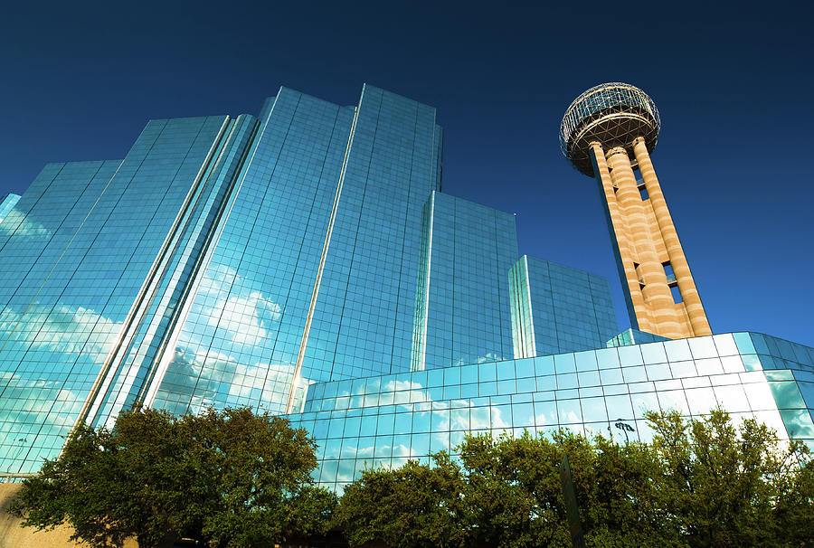 Reunion Tower And Hotel Photograph by Davel5957