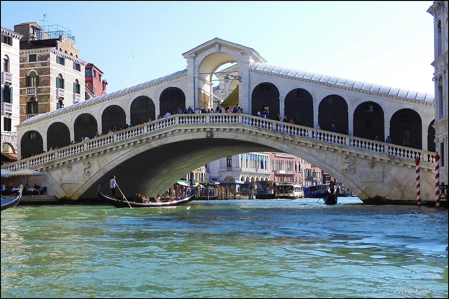 Rialto Bridge, Venice by Nina-Rosa Duddy