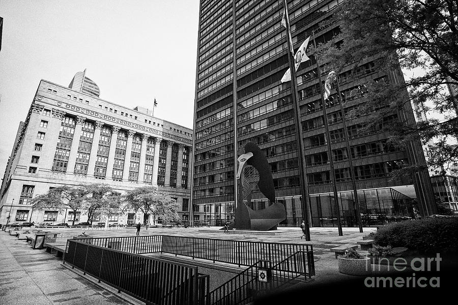 Chicago Photograph - richard J. daley center or daley plaza with picasso sculpture courthouse and city hall county buildi by Joe Fox