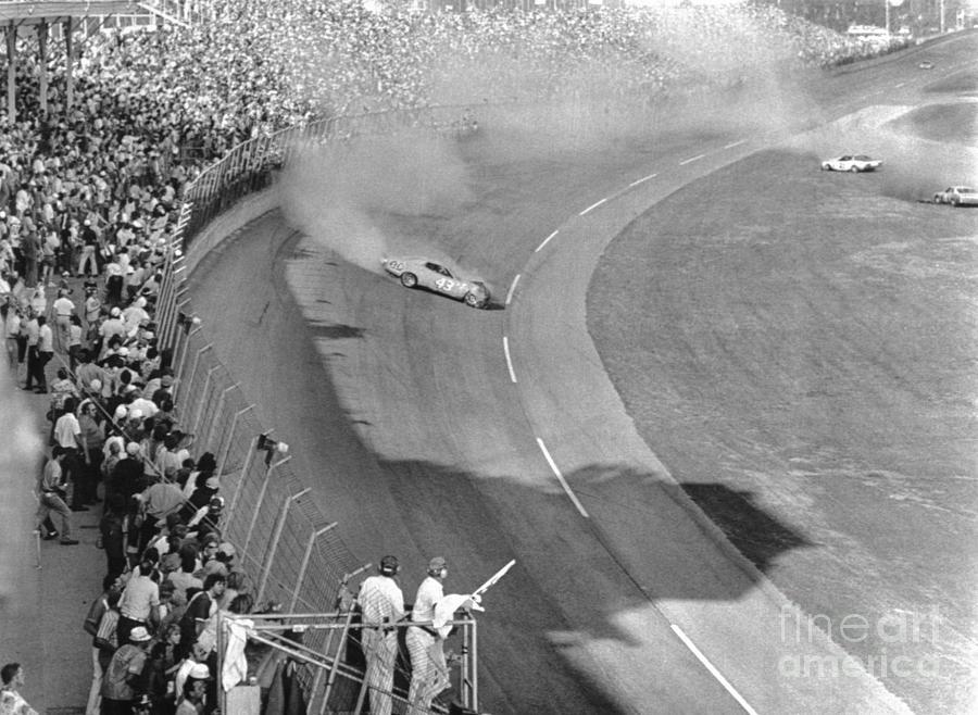 Richard Petty Spinning On Last Lap Photograph by Bettmann