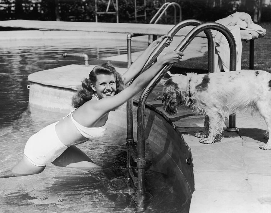 Ritas Pool Photograph by Hulton Archive