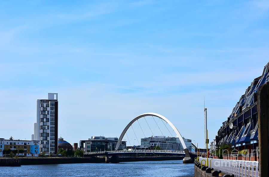 River Clyde Arc Bridge by Yvonne Johnstone
