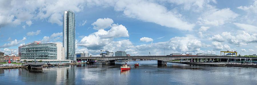 River Lagan Bridge, Belfast by Nigel R Bell