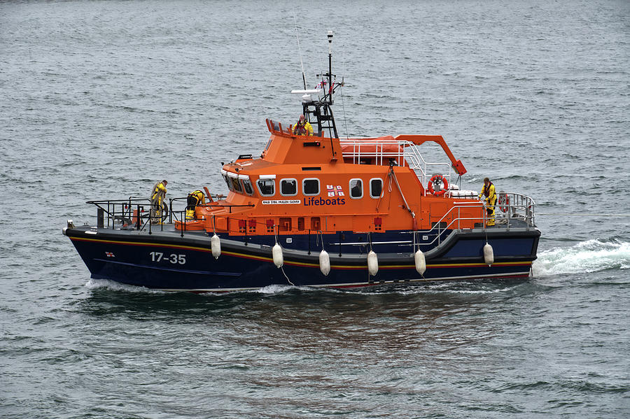 RNLB Sybil Mullen Glover  by CHRIS DAY