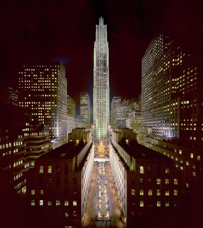 Rockefeller Center, Manhatten, At Photograph by Thorney Lieberman