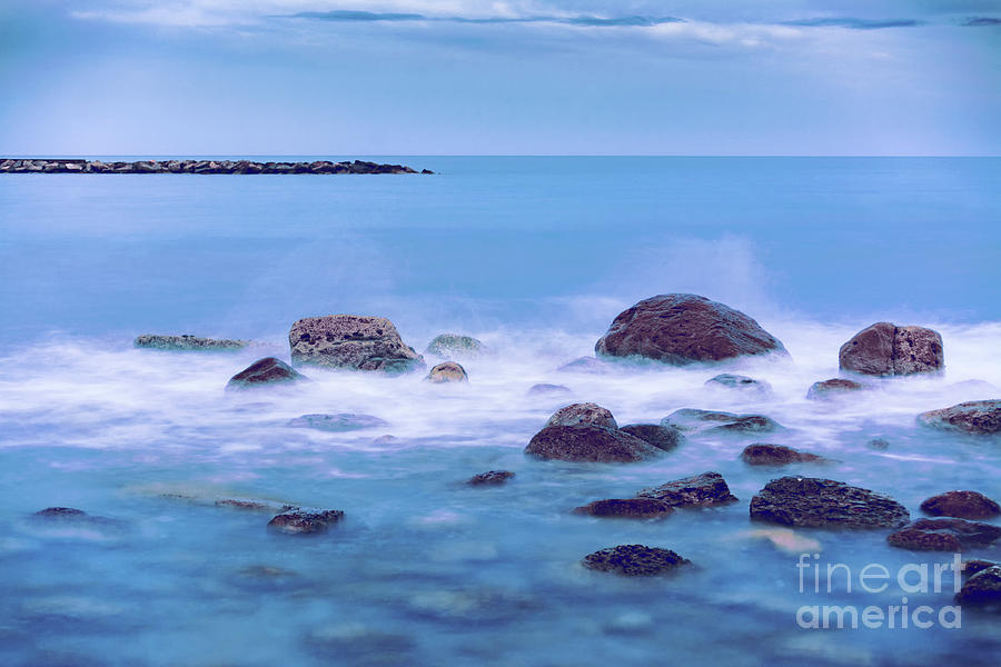 Long Exposure Photograph - Rocks And Sea by Vicente Sargues