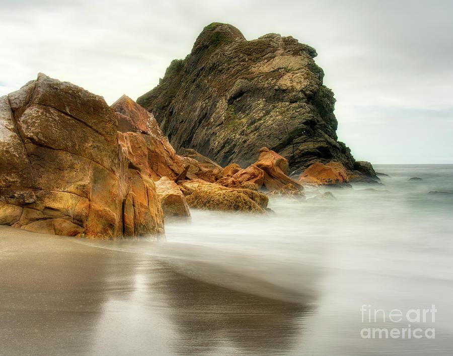 Rocks and water by Izet Kapetanovic