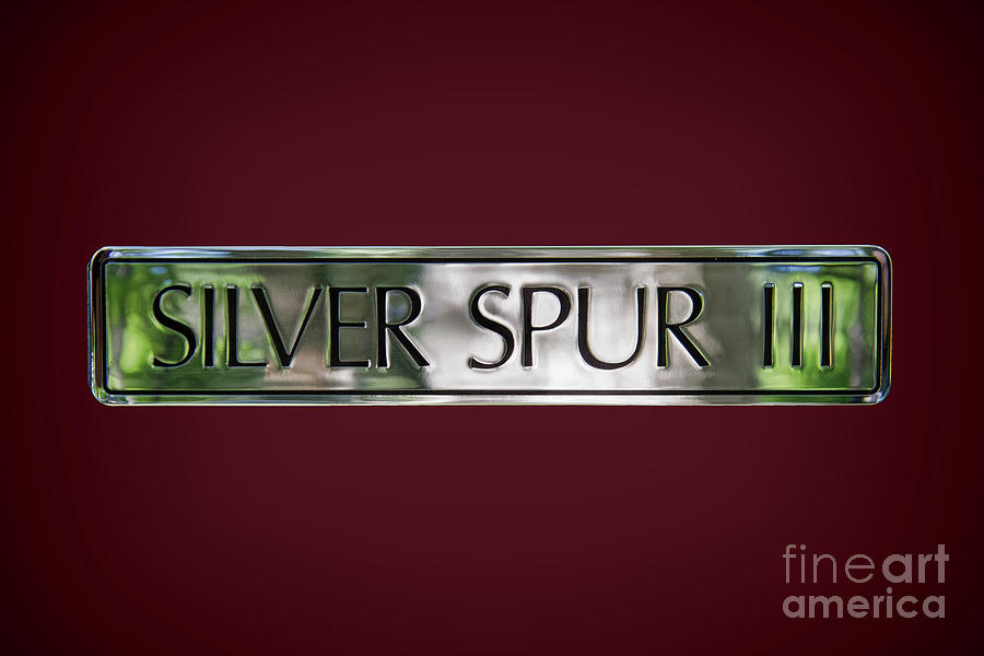 Rolls Royce Silver Spur 111 Emblem Photograph By Nick Gray
