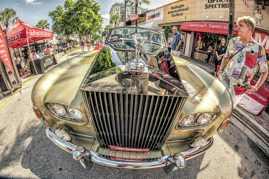 Rolls Royce by Steven Greenbaum