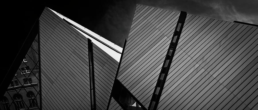 ROM Toronto 06 by Roy Thoman