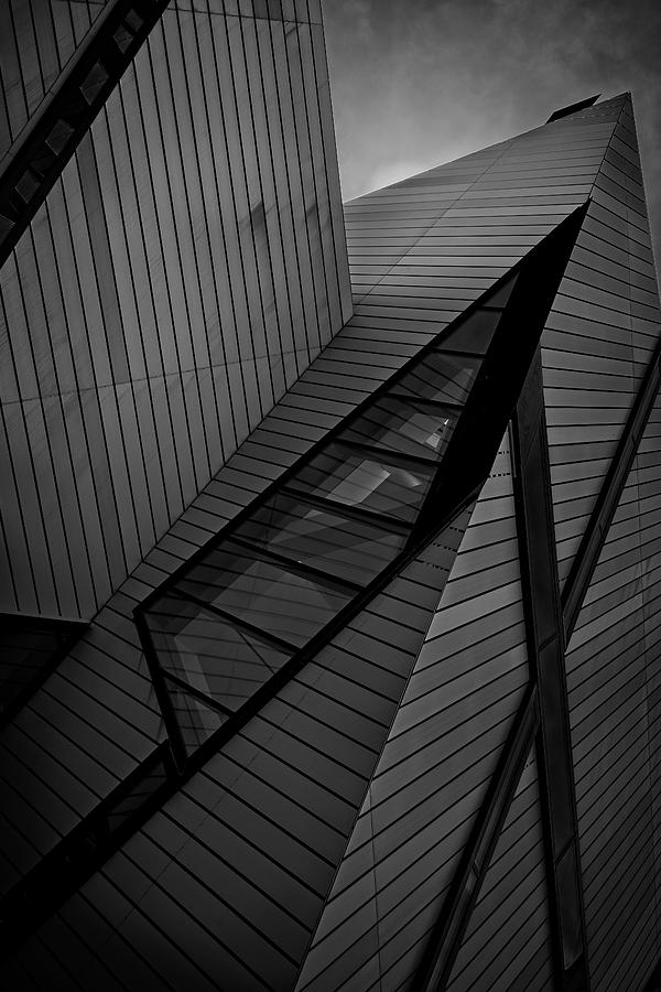 ROM Toronto 10 by Roy Thoman