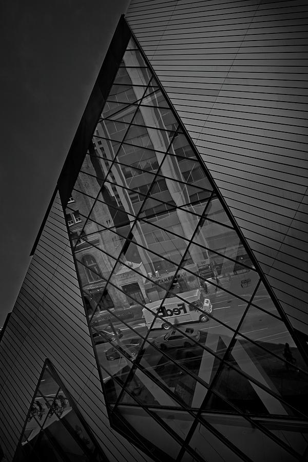 ROM Toronto 11 by Roy Thoman