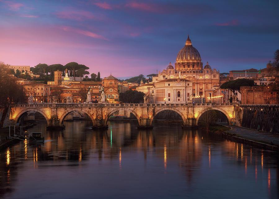 Italy Photograph - Roma 1. by Juan Pablo De
