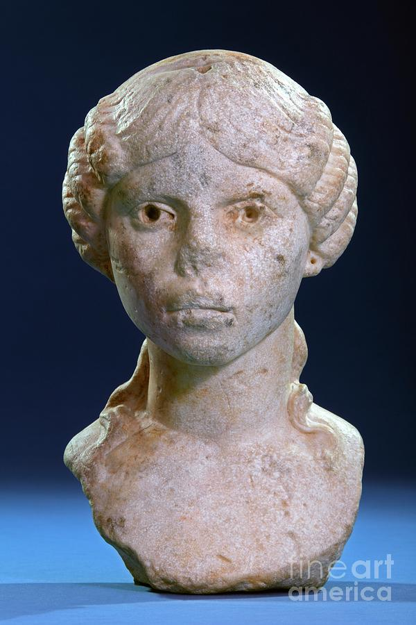 Nobody Photograph - Roman Funerary Bust by Patrick Landmann/science Photo Library