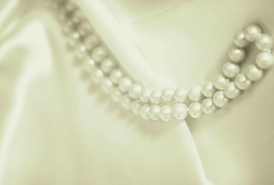 Romantic Pearls by The Art Of Marilyn Ridoutt-Greene