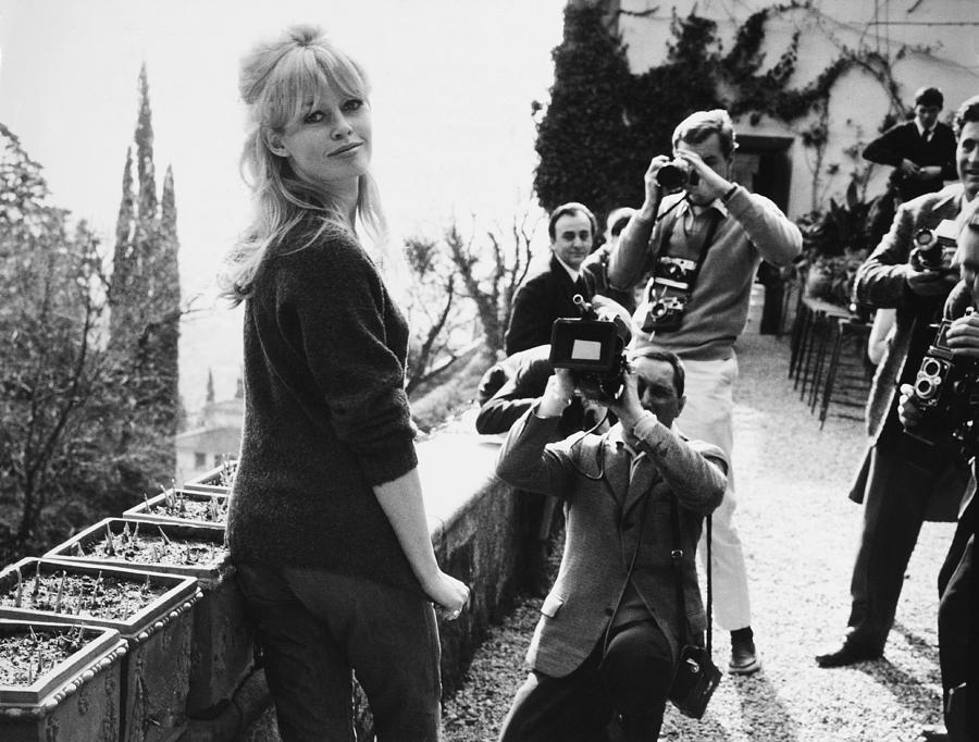 Rome, Brigitte Bardot And Photographers Photograph by Keystone-france