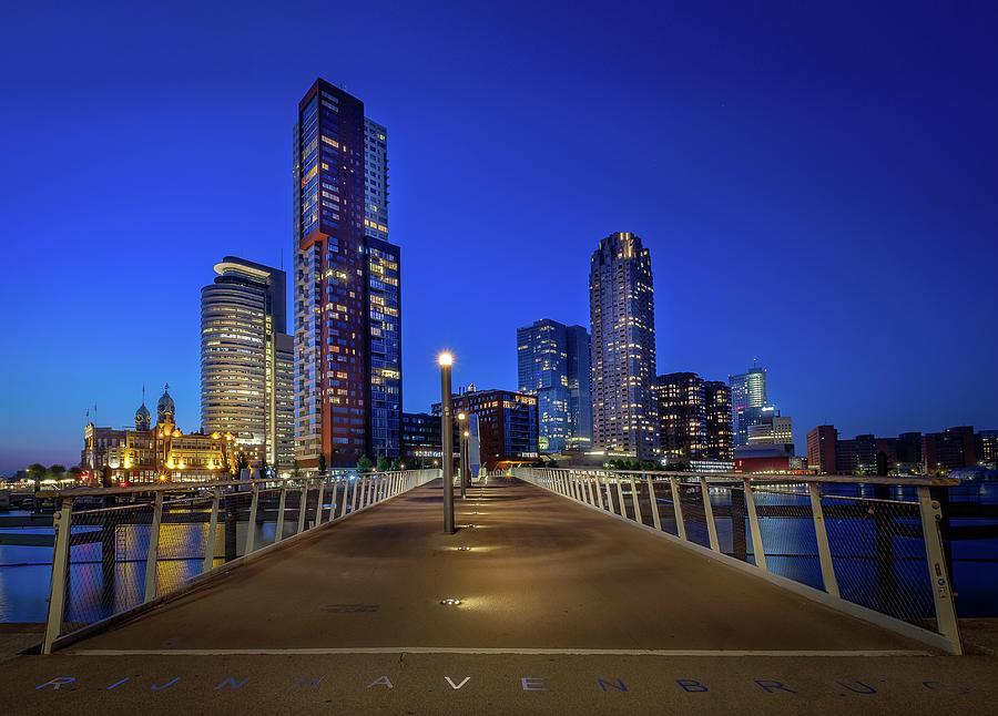 Rottedam Rijnhaven Bridge by Mario Visser