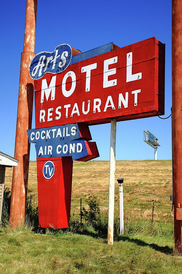 66 Photograph - Route 66 - Arts Motel 2012 by Frank Romeo
