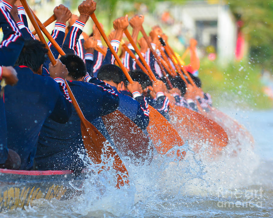 Strong Photograph - Rowing Team Race by Chaiyons021