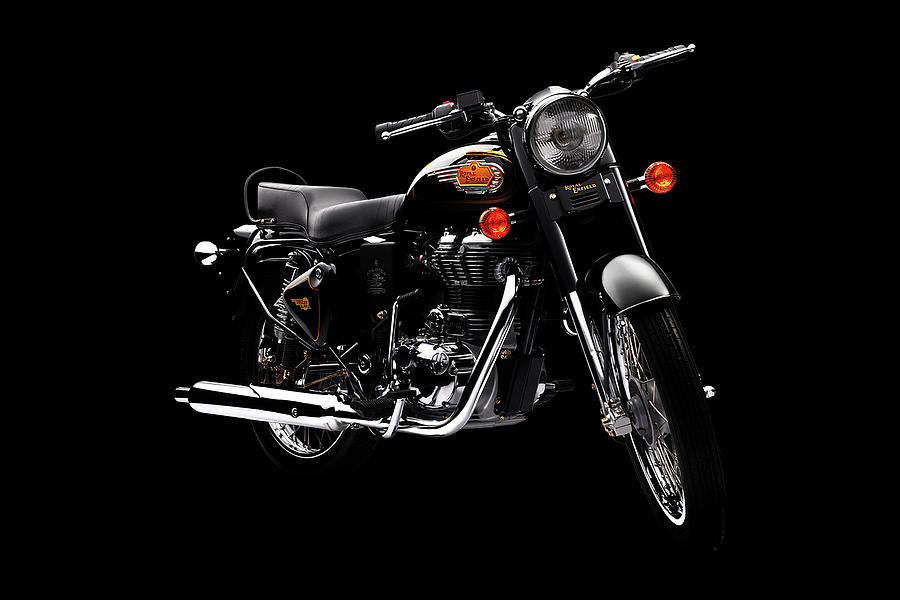 Royal Enfield Bullet 500 By Smart Aviation