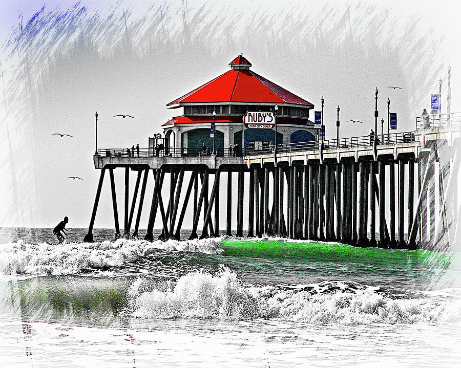 Ruby's Diner On The Pier by Jerry Cowart