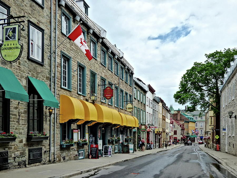 Rue Saint Louis, Quebec City, Quebec, Canada by Lyuba Filatova