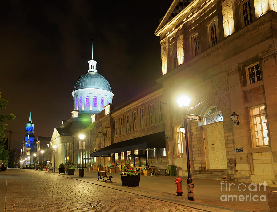 Old Montreal Photograph - Rue Saint Paul In Old Montreal At Night by Louise Heusinkveld
