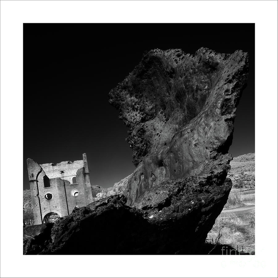 Ruins 2 by Russell Brown