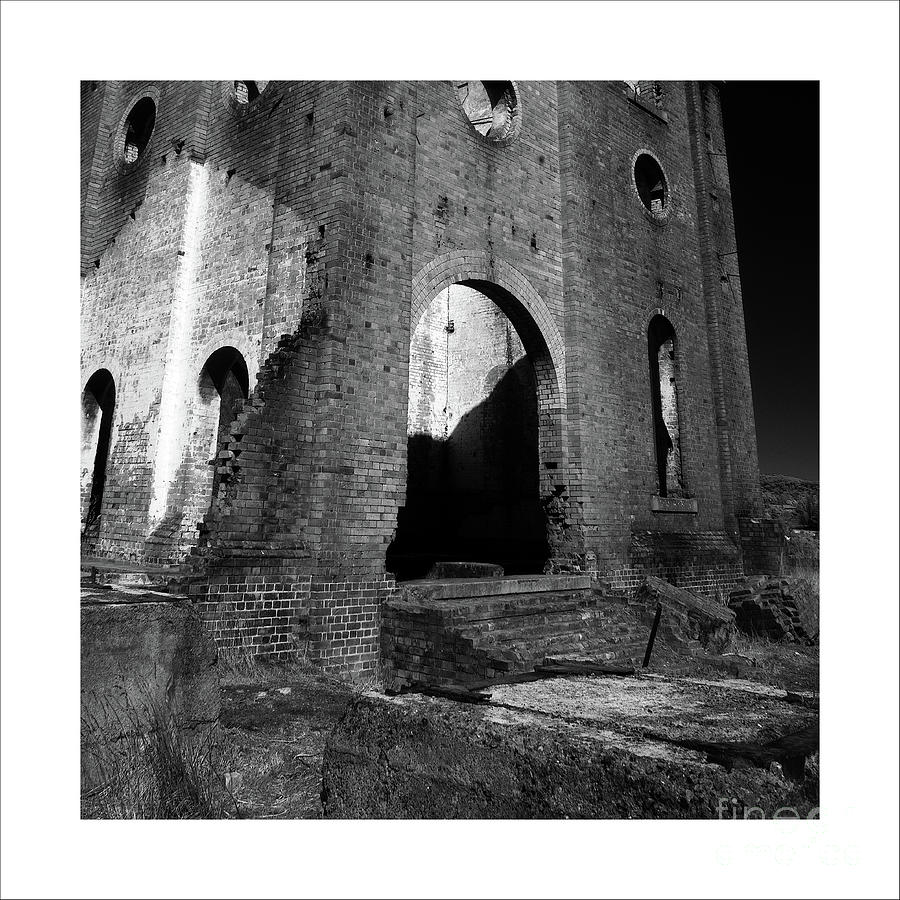 Ruins 4 by Russell Brown