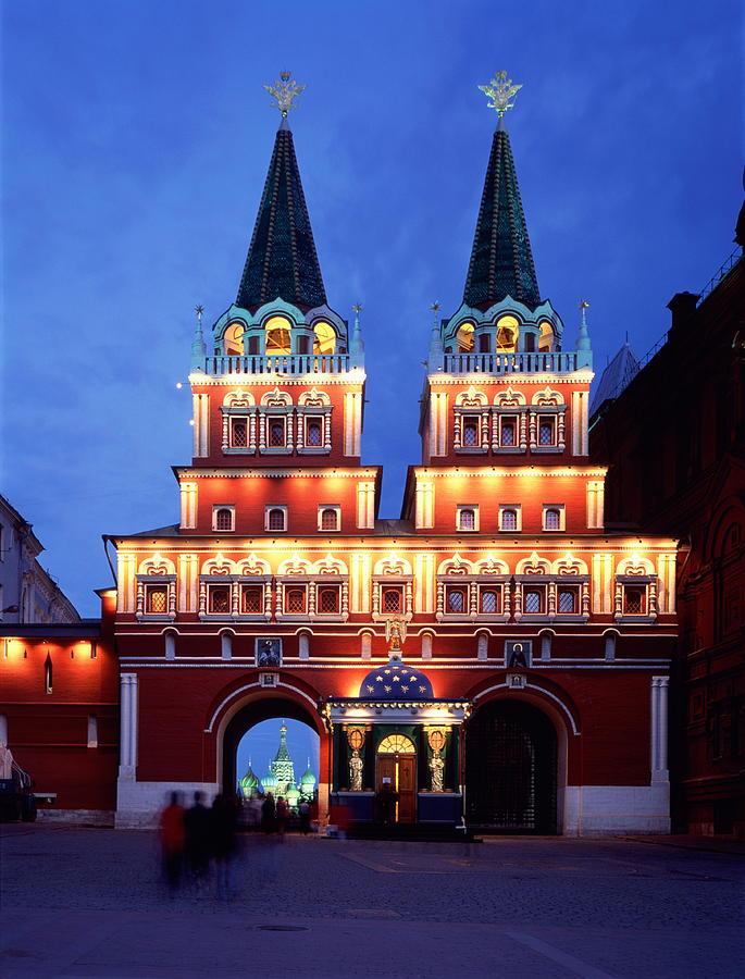 Russia, Moscow, Iberian Gate Photograph by Siegfried Layda