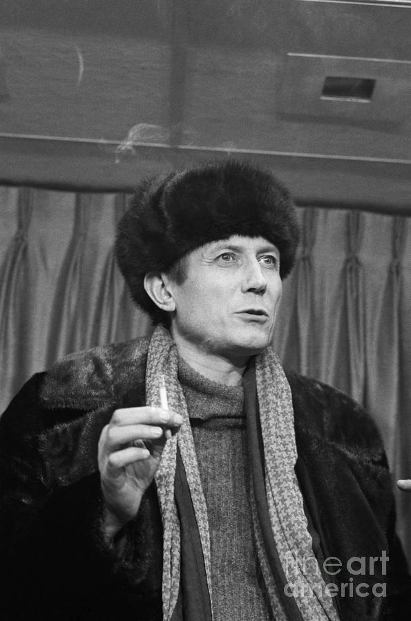 Russian Poet Yevgeny Yevtushenko Photograph by Bettmann