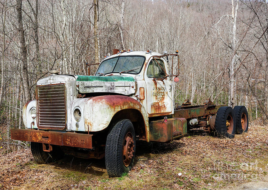 Rusty Truck by Cathy Donohoue
