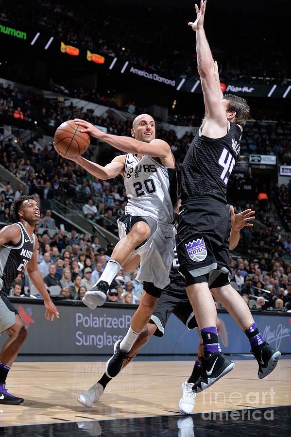Sacramento Kings V San Antonio Spurs Photograph by Mark Sobhani