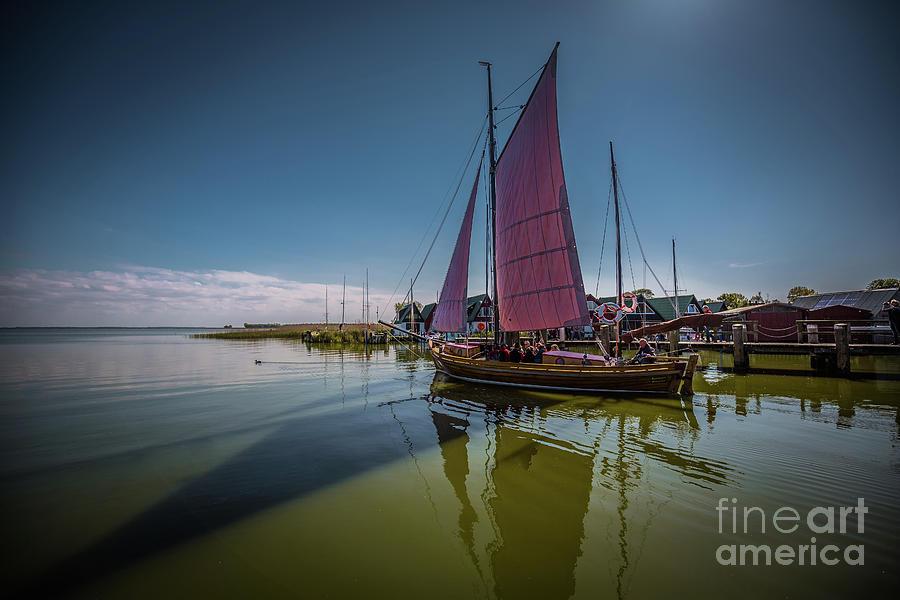 Sail Away by Eva Lechner