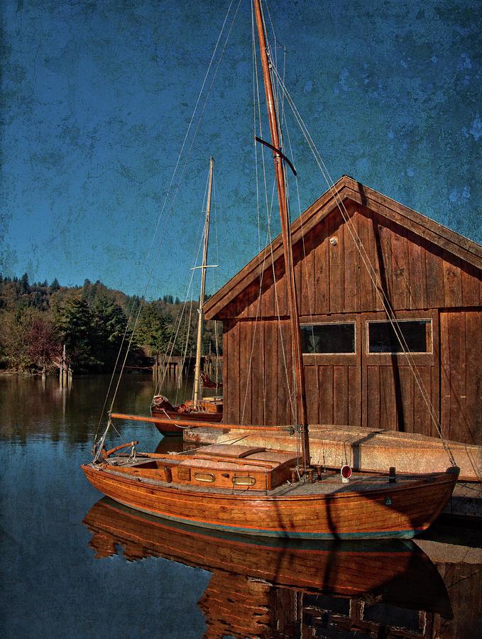 Classy Sailing  by Thom Zehrfeld