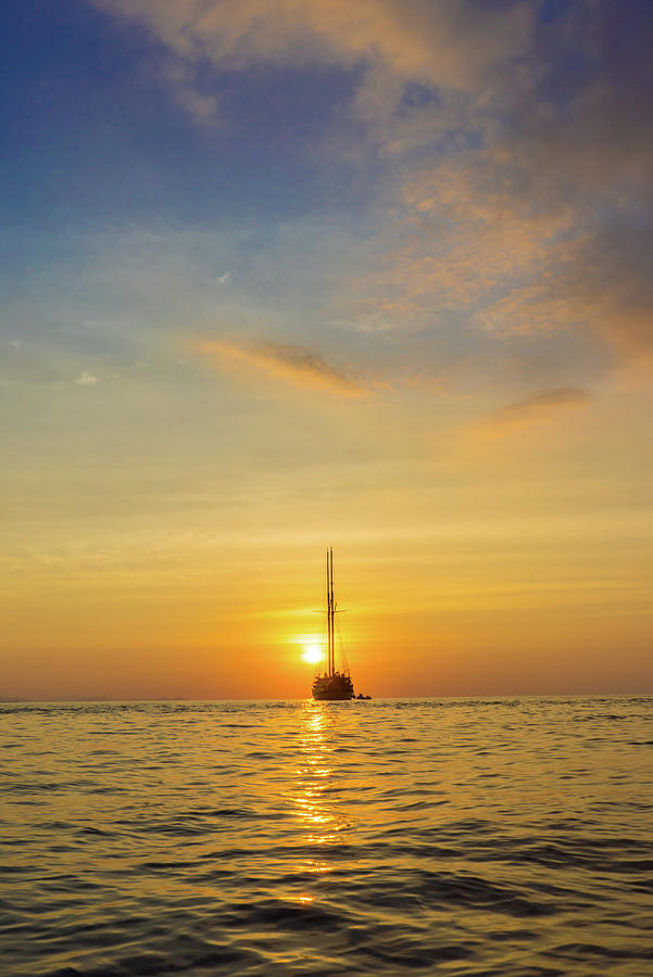 Sailing off into the Sunset by Harry Donenfeld