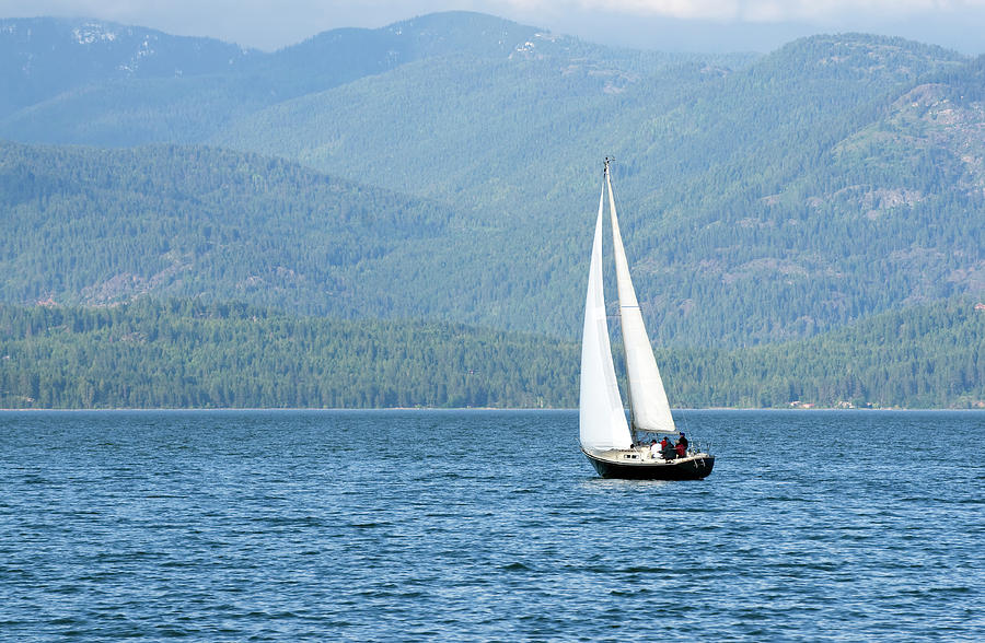 Sailing On The Lake Photograph by Dfeinman