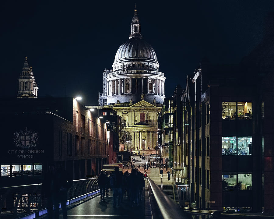 Saint Pauls Cathedral by Nisah Cheatham
