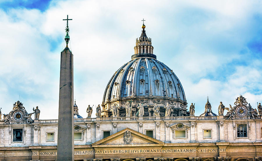 Architecture Photograph - Saint Peters Basilica Obelisk by William Perry