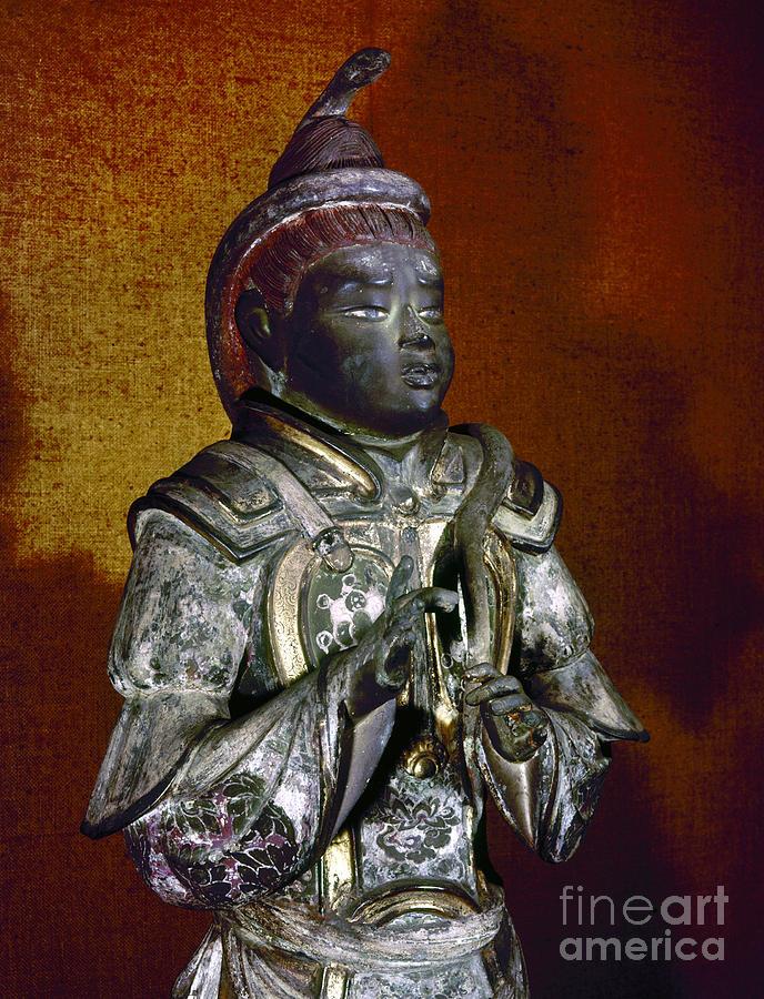 Sakara Statue by Granger
