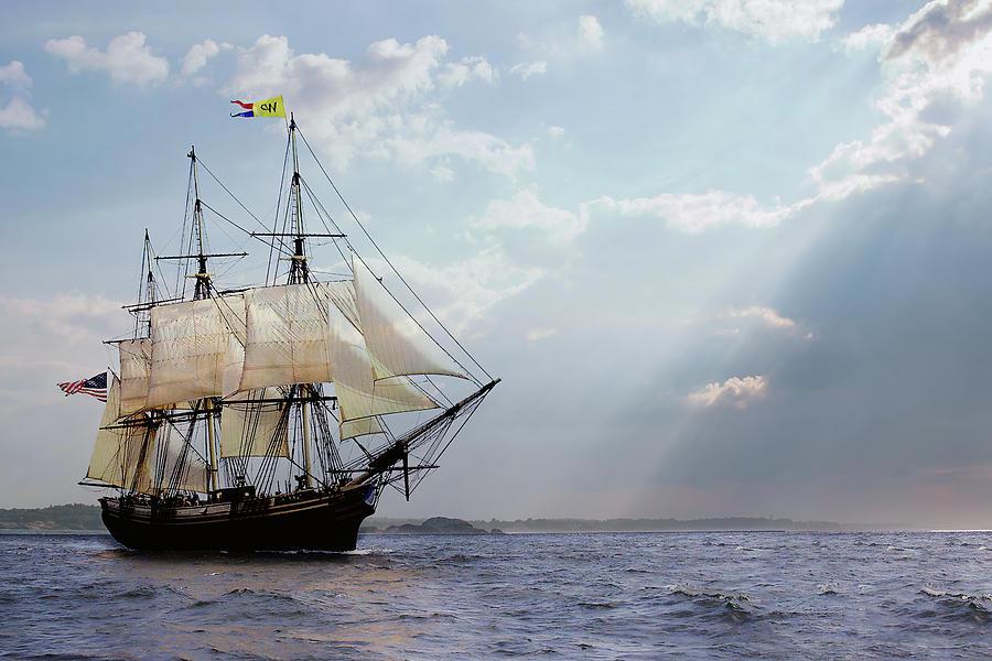 Salem's Friendship Sails Home by Jeff Folger