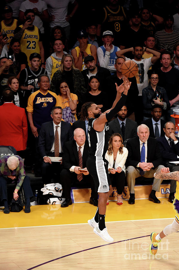 San Antonio Spurs V Los Angeles Lakers Photograph by Adam Pantozzi