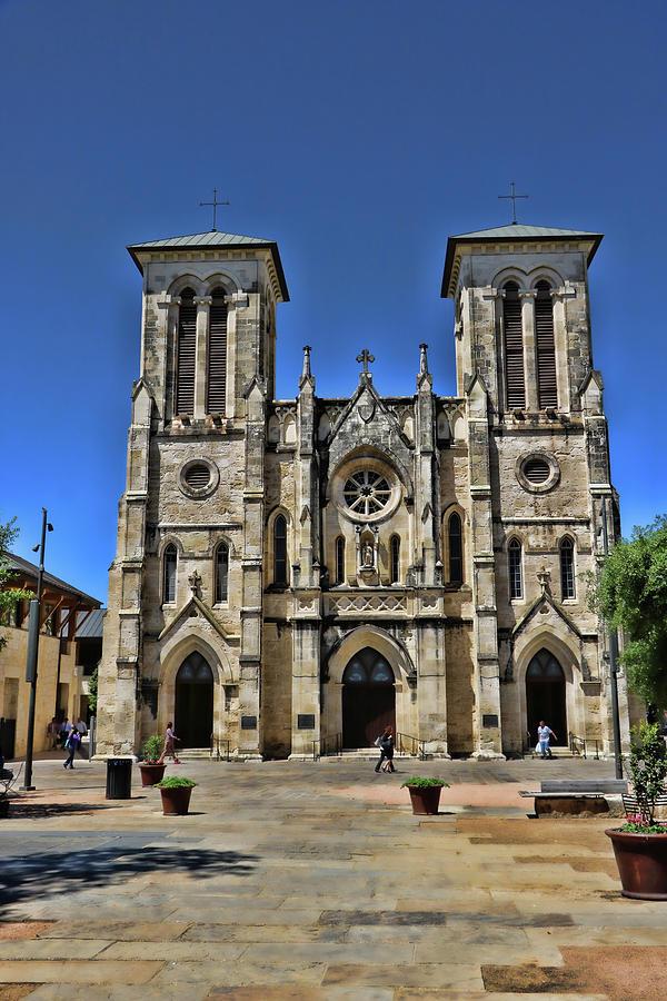 San Fernando Cathedral - San Antonio by Allen Beatty