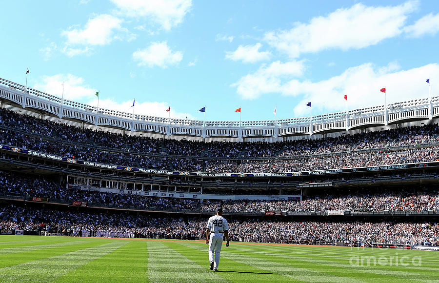 San Francisco Giants V New York Yankees Photograph by Elsa