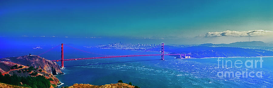 San Francisco Golden Gate Bridge and skyline   by Tom Jelen