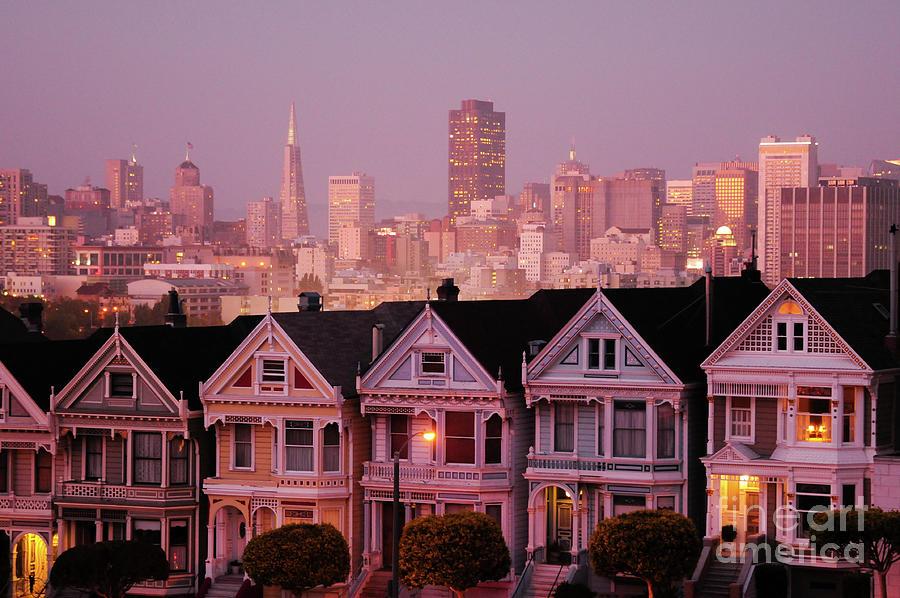 San Francisco's Seven Painted Ladies Photograph by Sergio Amiti