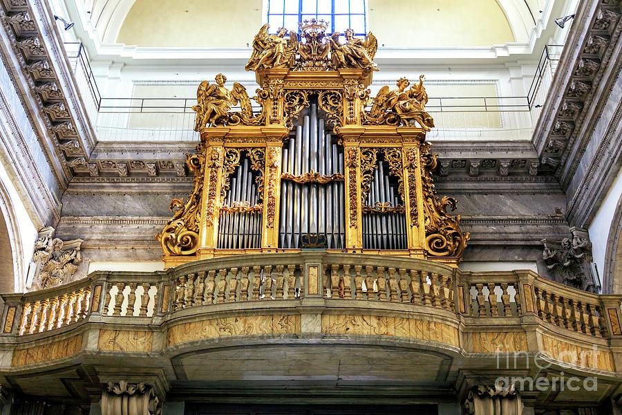 San Giovanni dei Fiorentini Organ in Rome by John Rizzuto
