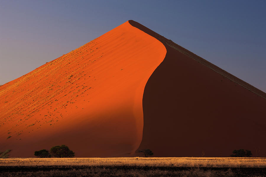 Sand Dune Ridge In The Namib-naukluft Photograph by Mint Images - Art Wolfe